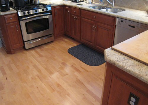 wooden floors to kitchen