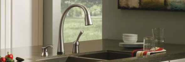 What are some problems with Delta Touch faucets?