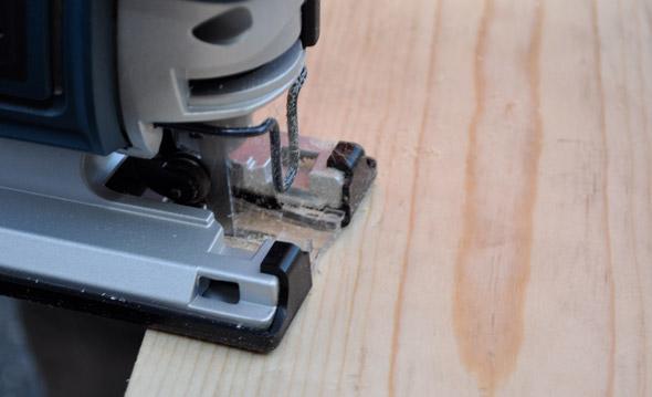 Bosch JS470E Cutting