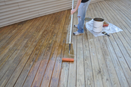 Applying a Deck Sealer Using a Roller