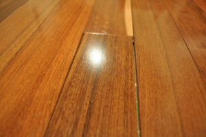 hardwood_flooring_gaps