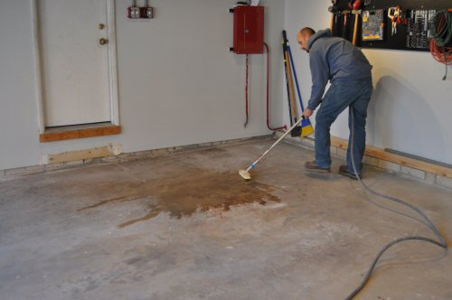 How to paint an epoxy concrete floor coating quikrete for Garage floor maintenance