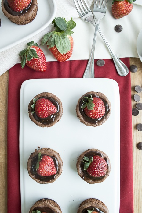 Mini-Chocolate-Strawberry-Cheesecake-21