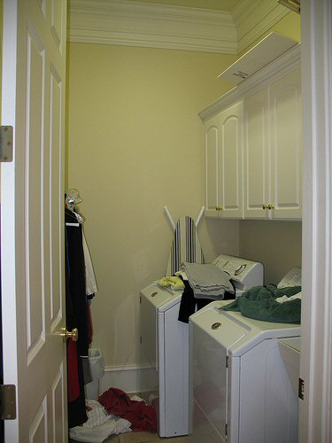 how-to-remodel-a-laundry-room-1
