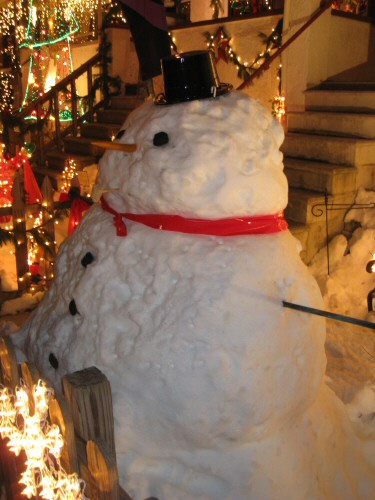 big-snowman-with-a-large-body-and-small-head