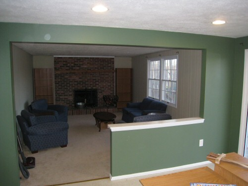 non-load-bearing-wall-between-kitchen-and-family-room