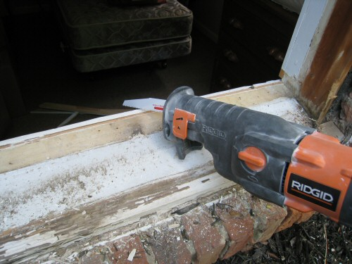 using-a-reciprocating-saw-to-remove-a-window-sill