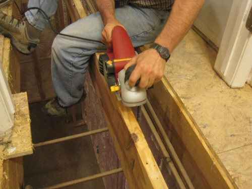 planing-a-joist-using-a-craftsman-planer