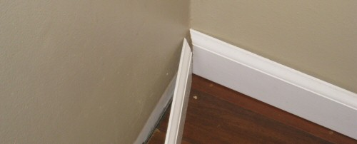 How to install baseboard and shoe molding for hardwood for Hardwood floors 45 degree angle