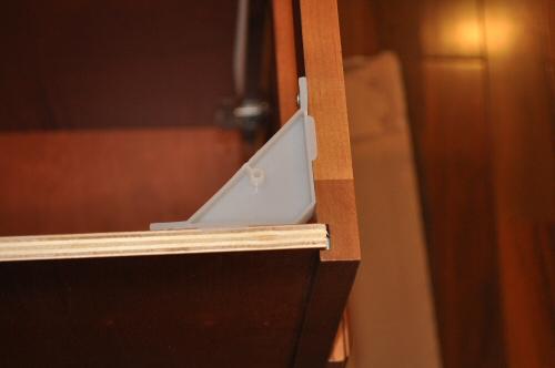 cabinet corner brace