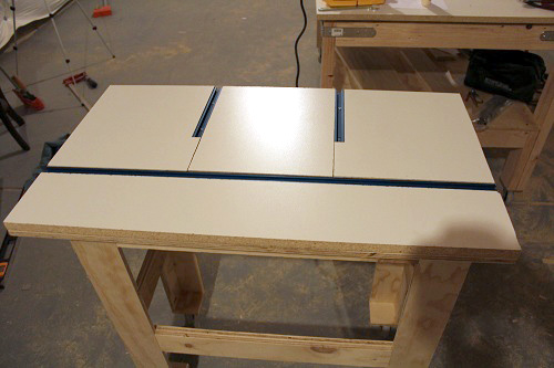 How to build a router table one project closer step 5 mount the router keyboard keysfo Image collections