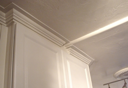 how we designed installed an improvised kitchen crown molding 2081