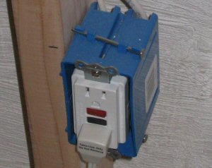 installing a new receptacle how to run a new electric circuit from a breaker panel one old 60 amp fuse box at gsmx.co