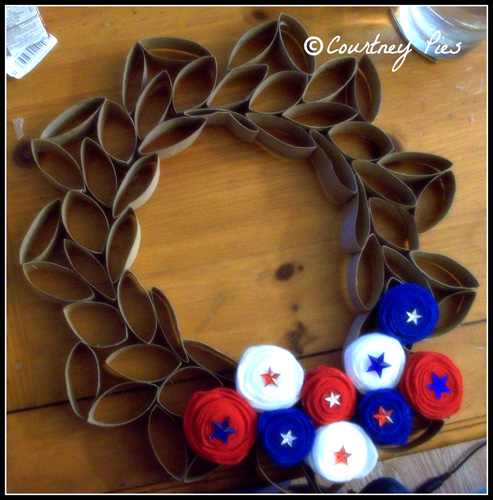 toilet-paper-wreath