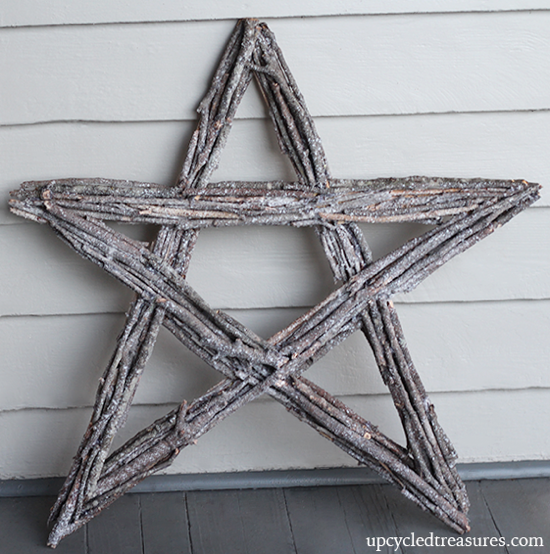 diy-twig-star-christmas-wreath-with-fake-snow-upcycledtreasures