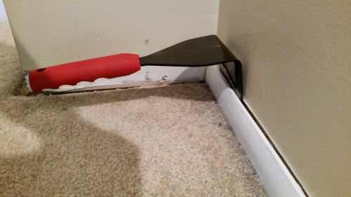 Baseboard Removal Tool