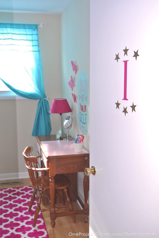 childrens-desk-makeover-diyDSC_3827