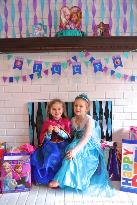 frozen-birthday-party-Anna-Elsa-One-project-closer
