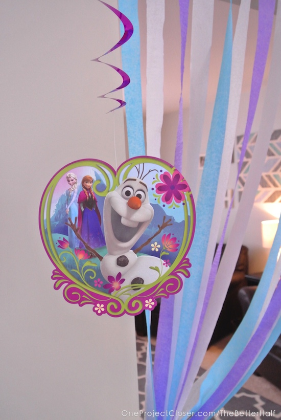 frozen-birthday-party-decorations-One-project-closer