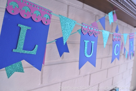 simple-frozen-birthday-party-decorations-One-project-closer