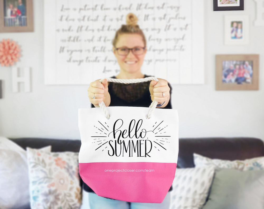 learn-hand-lettering-online-hello-summer
